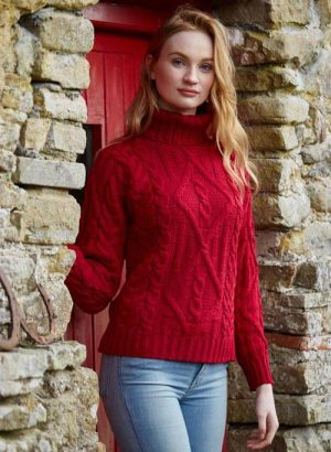 TURTLE NECK RED SWEATER