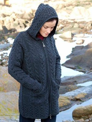 HOODED COAT WITH CELTIC KNOT ZIPPER HD 4025.