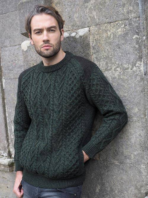 CREW NECK SWEATER WITH TWEED DETAILS T24