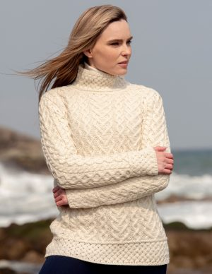 LUXURIOUS HIGH NECK CABLE KNIT SWEATER C4767